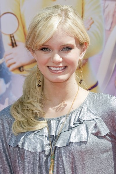Sara Paxton With Side Swept Ponytail