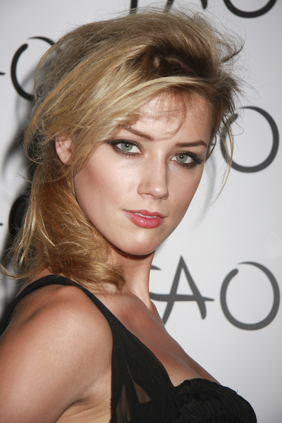 Amber Heard with Retro Inspired 80s Big Hair Side Swept Ponytail