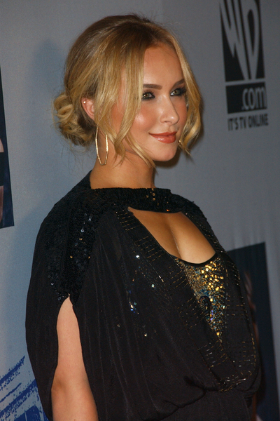 Hayden Panettiere with Sexy Updo