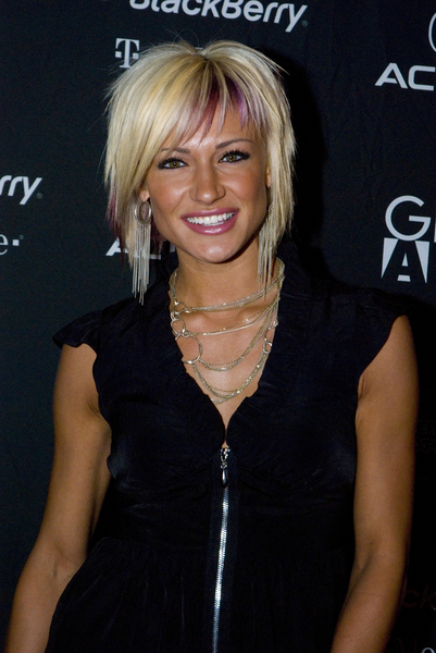 Jes Rickleff with Choppy Short Hairstyle