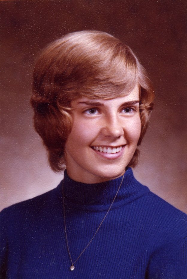 Short Feathered 70's Hairstyle