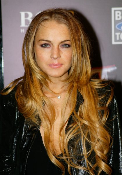 Lindsay Lohan long bang-less hairstyles. She has got a cowlick right in the