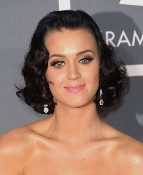 Vintage Haircut 2009 – Katy Perry Hairstyle