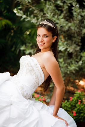 Sweet Hairstyles on Quinceanera  Sweet Sixteen  Hairstyle Idea