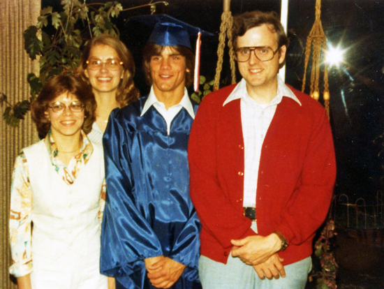 1978 Graduation / HairStyleTwist