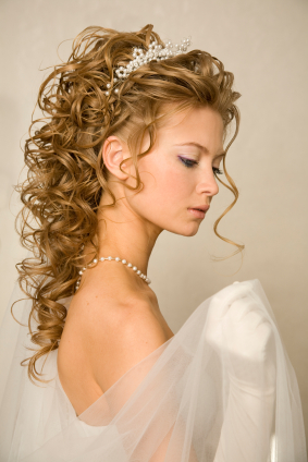 Long Blonde Curly Bridal Hairstyle with Tiara