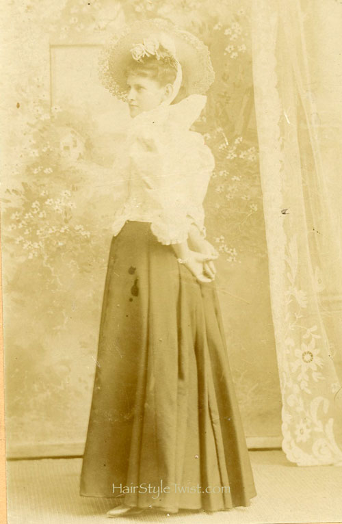 Lovely Victorian Woman