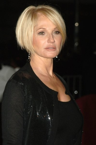 Hairstyles for Older Women with Thin Hair